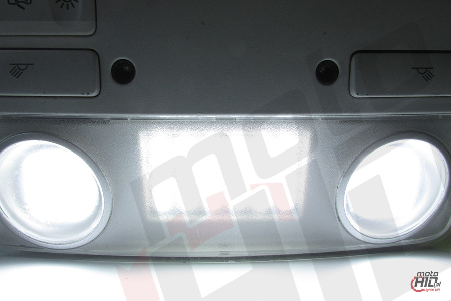 INTVAG04  GOLF 6 Front Ceiling Light